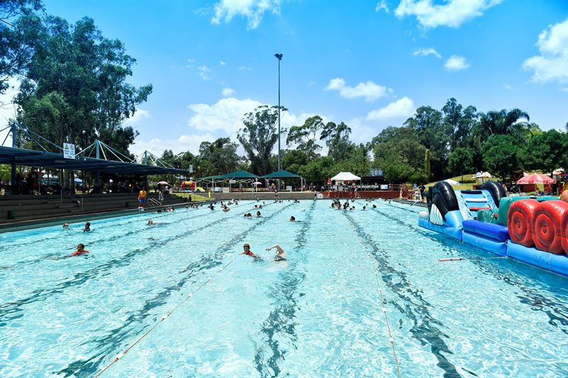 Pool at Mt Druitt2.jpg